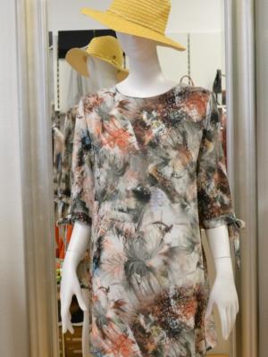 Kleid Blumenmuster Blüten-Impressionen Gr. M/L